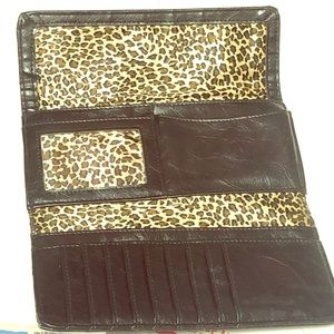 Kenneth Cole Reaction clutch/wallet cheetah/print